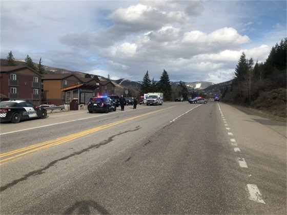 Avon Police Officers respond to an incident at Eaglebend apartments