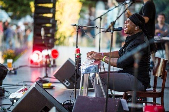 Avon LIVE! Summer Concert Series